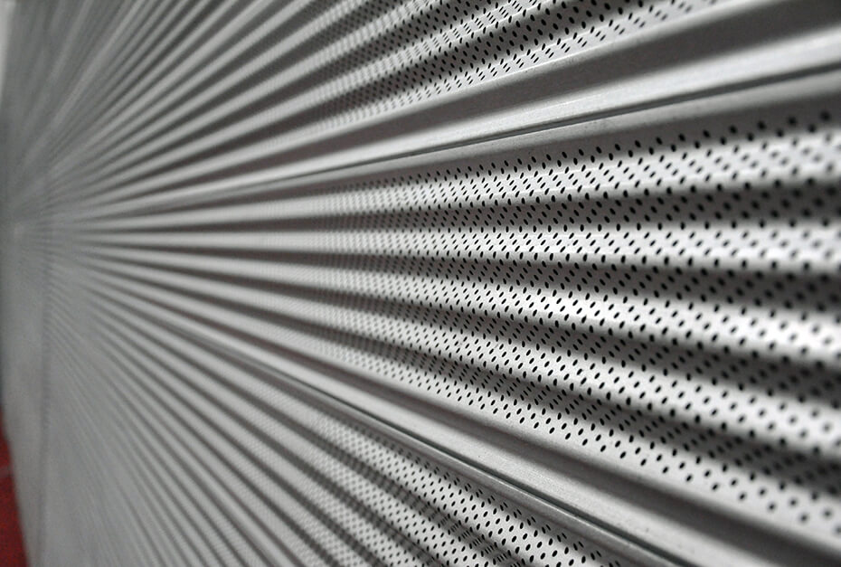 Pattern at roller shutter door